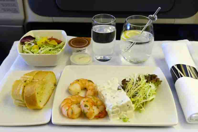 The business-class appetizer and garlic bread.