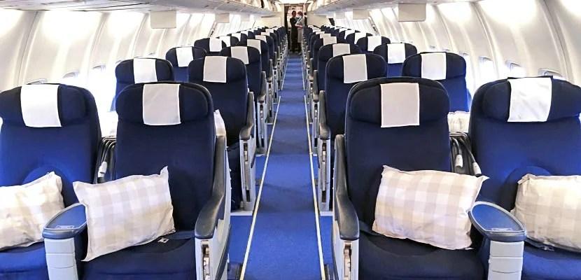 The SAS 737 cabin.