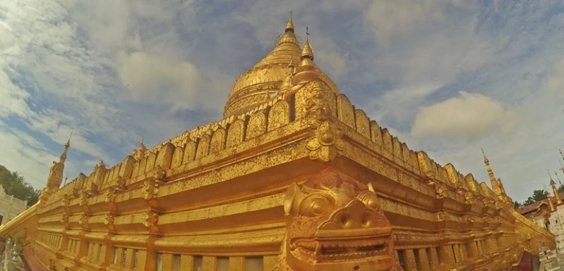 Few hotels or rental homes will be as spelndid as the gold Shwe-zi-gon Paya temple complex in Bagan, Myanmar, but it still pays to do your research.