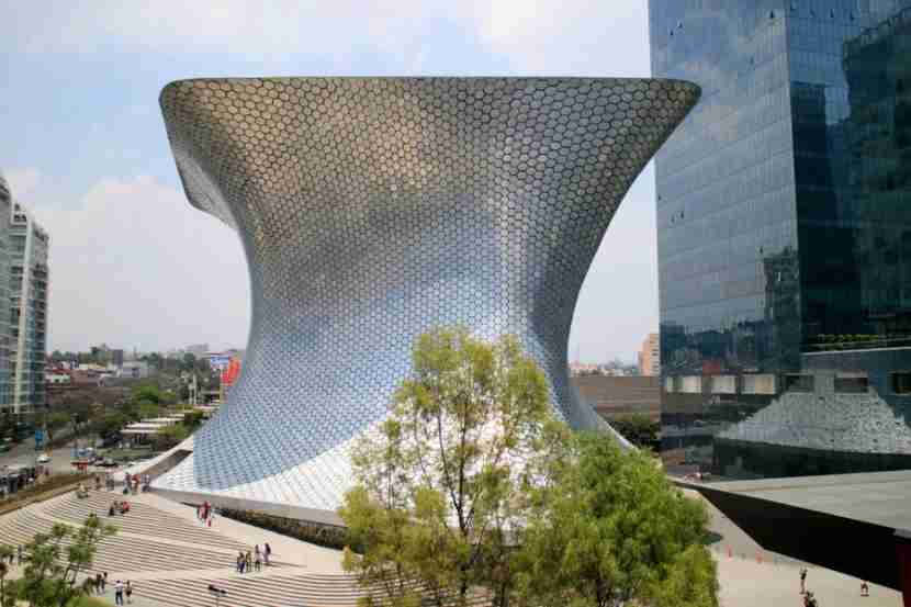 The cutting-edge Soumaya Museum, in the Polanco neighborhood. Photo courtesy of Shutterstock.