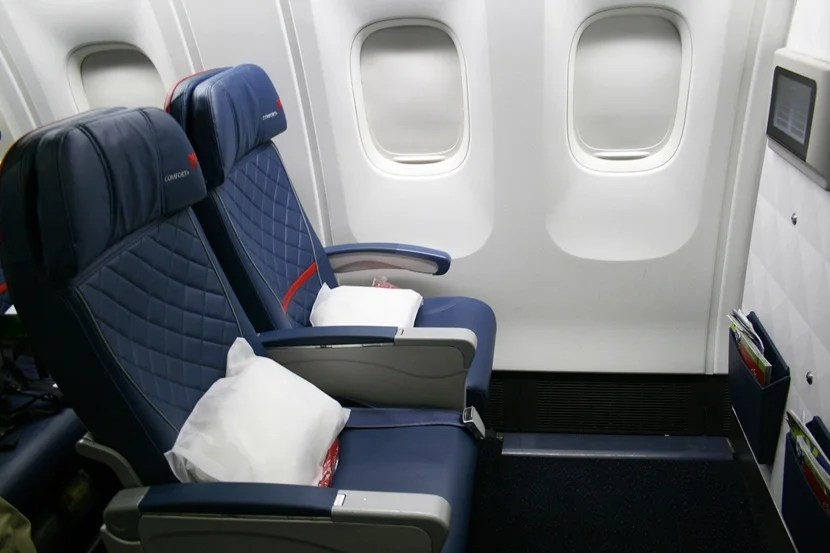Review Delta Comfort On A 767 300er Jfk To Madrid
