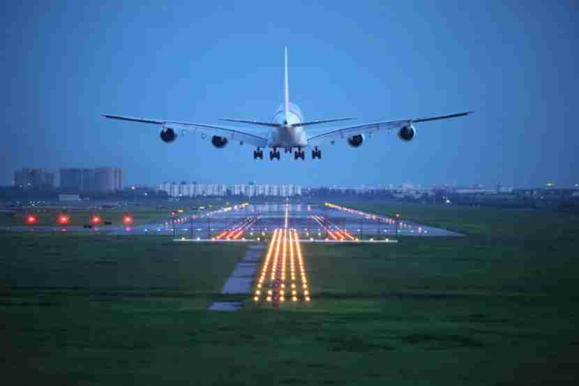 Just another safe landing, thanks to a LOT of air traffic controllers. Photo courtesy of Shutterstock.