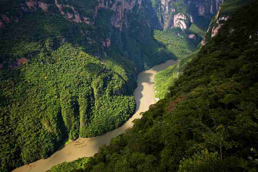 Sumidero Canyon, Photo courtesy of Shutterstock.