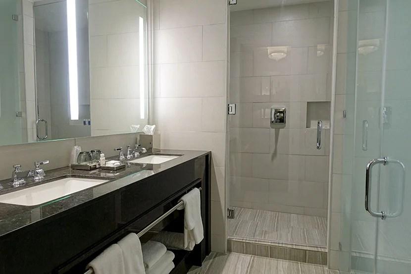 The Deluxe bath.