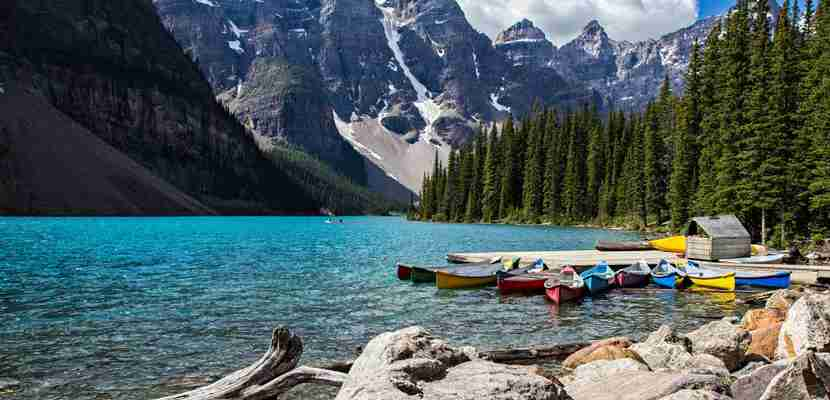 Banff National Park. Image courtesy of Shutterstock.