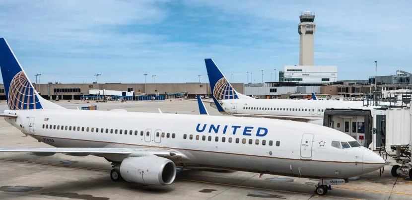Our United 737 on a (much) better day.
