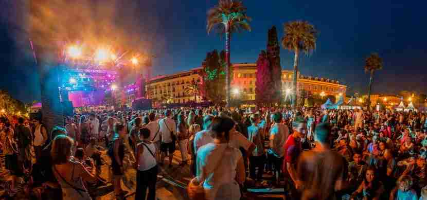 Catch live music in the summer during the Nice Jazz Festival. Image courtesy of Atout France/Robert Palomba.