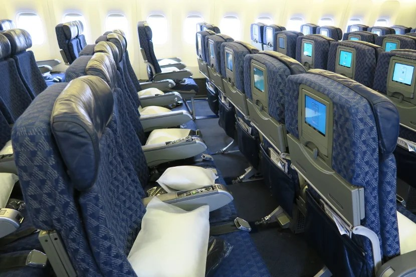 Review American Airlines 777 200 Economy London To Miami