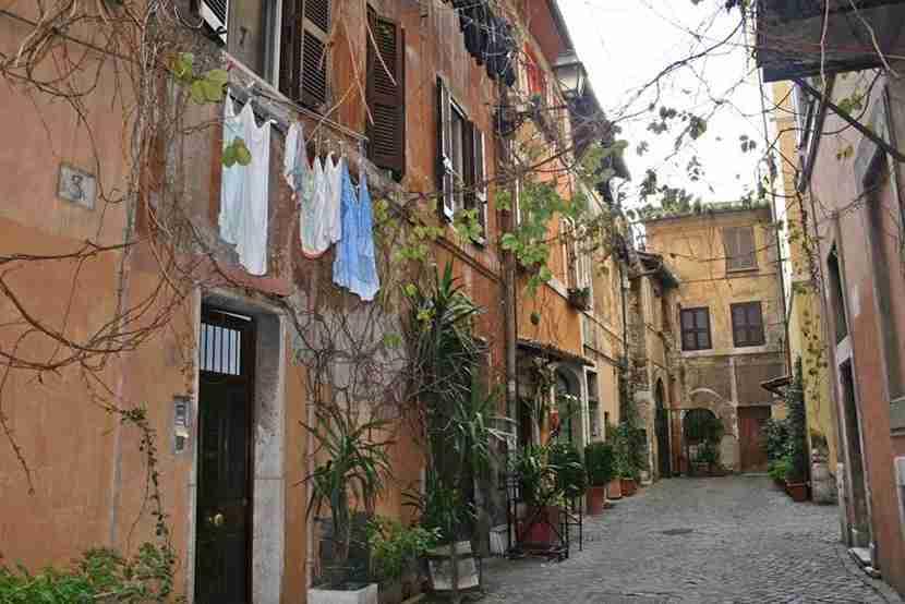 My last Airbnb rental in Trastevere, Rome. So quaint! Image by Lori Zaino.