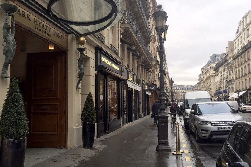 The property is located near the Tuileries Garden, and not far from the Louvre.