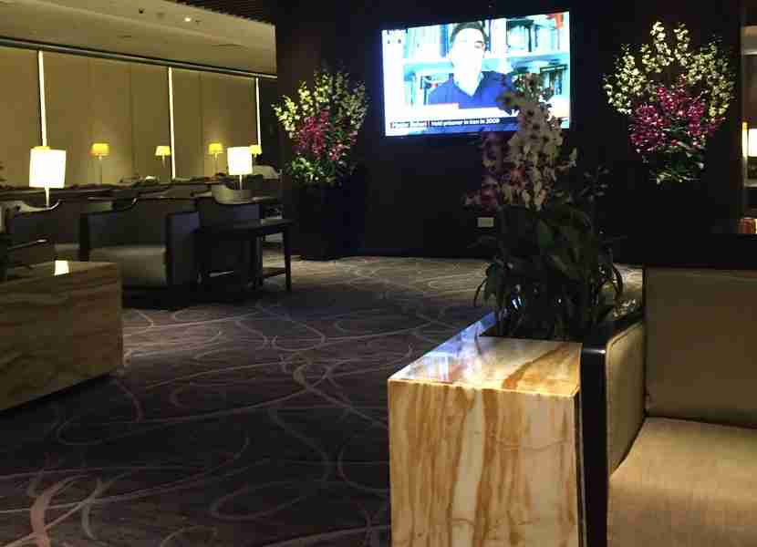 The seating area in the T2 SilverKris Lounge, a huge step up from the SATS Lounge!