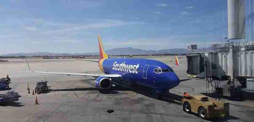 Southwest plane on ground Las Vegas 2 featured
