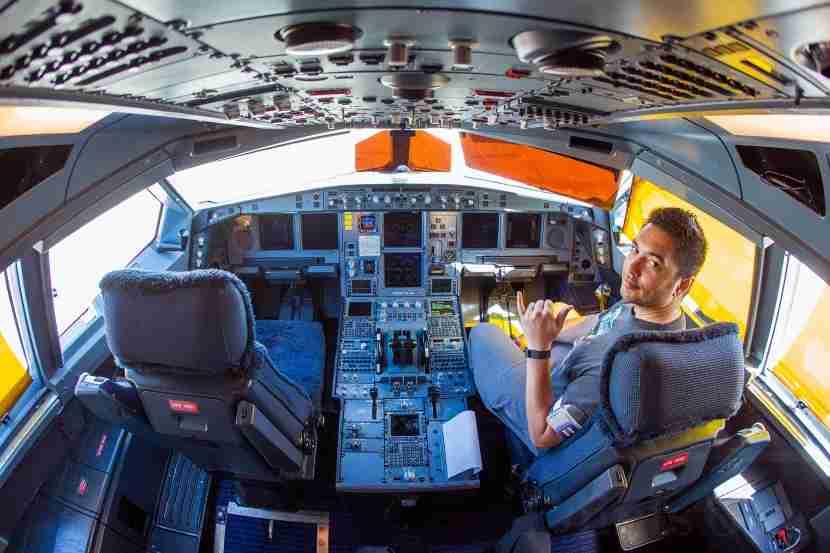 Inside the cockpit of Hawaiian