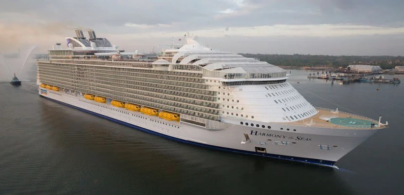 16-Year-Old Cruise Passenger Fell to His Death From Cabin Balcony