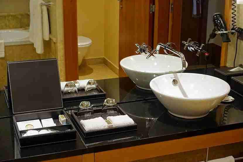 PHHbathroom2
