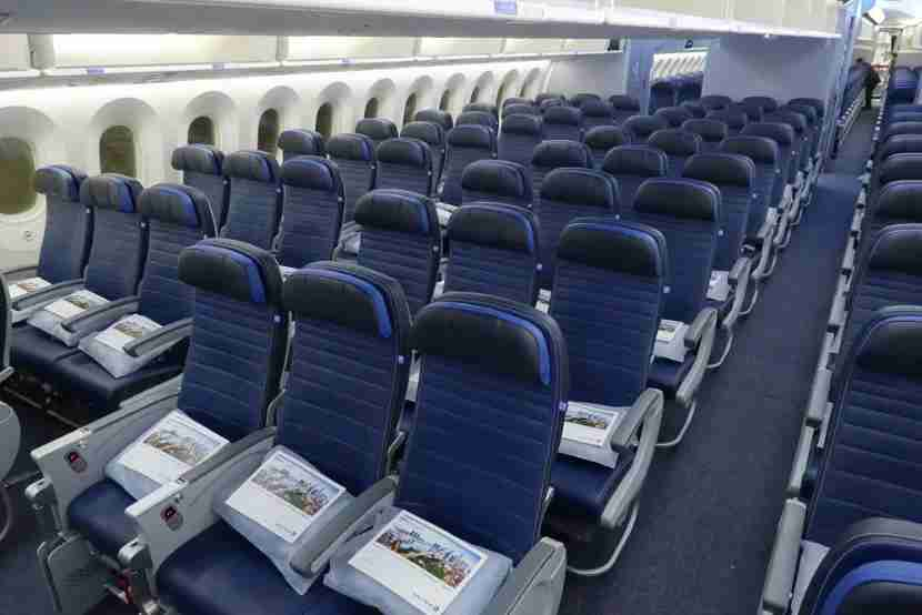 United operates a 787-9 Dreamliner with 3-3-3 economy seats on its longest international flights. Photo by Zach Honig.