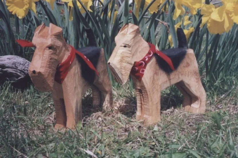 Doggie carvings are also available for purchase at the couples' workshop.