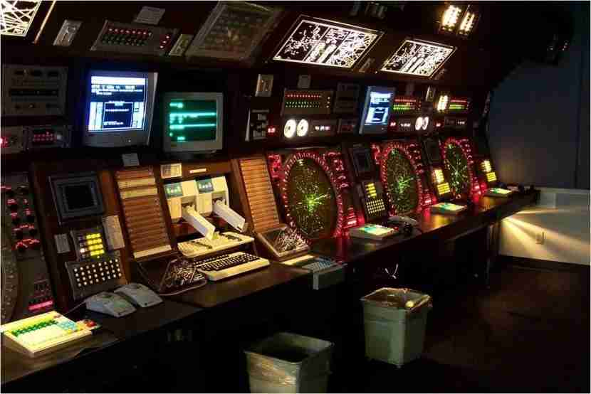 """This is where many controllers spend their work day. Image courtesy of <a href=""""http://sportysnetwork.com/airfacts/wp-content/blogs.dir/13/files/2011/10/ATC.jpg"""" target=""""_blank"""">Sporty"""
