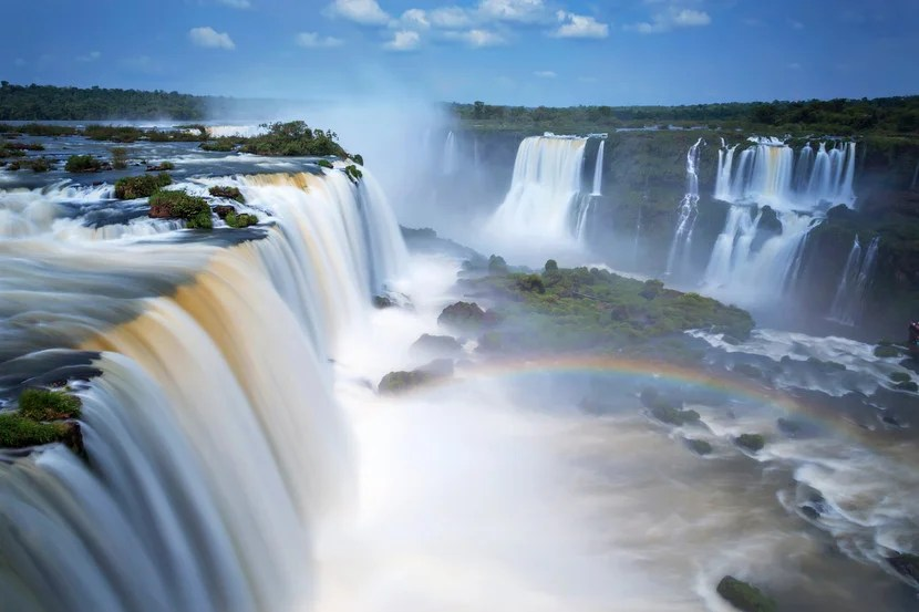 "Eleanor Roosevelt's reaction when seeing Iguazú: ""Poor Niagara."" Image courtesy of Shutterstock."