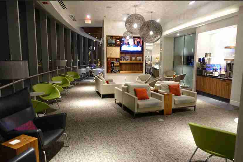 The Centurion Lounge as it opens at 5:00am.