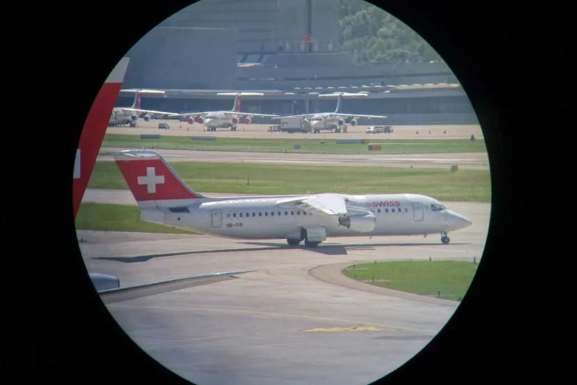 Swiss Business and Senator Lounge E Gates Zurich