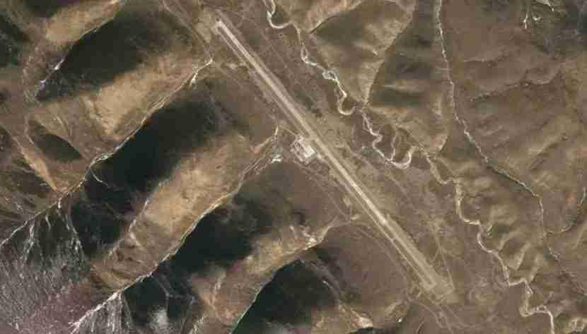 Satellite Imagery of Qamdo Bamda Airport (BPX) in Tibet, China, courtesy of Google.