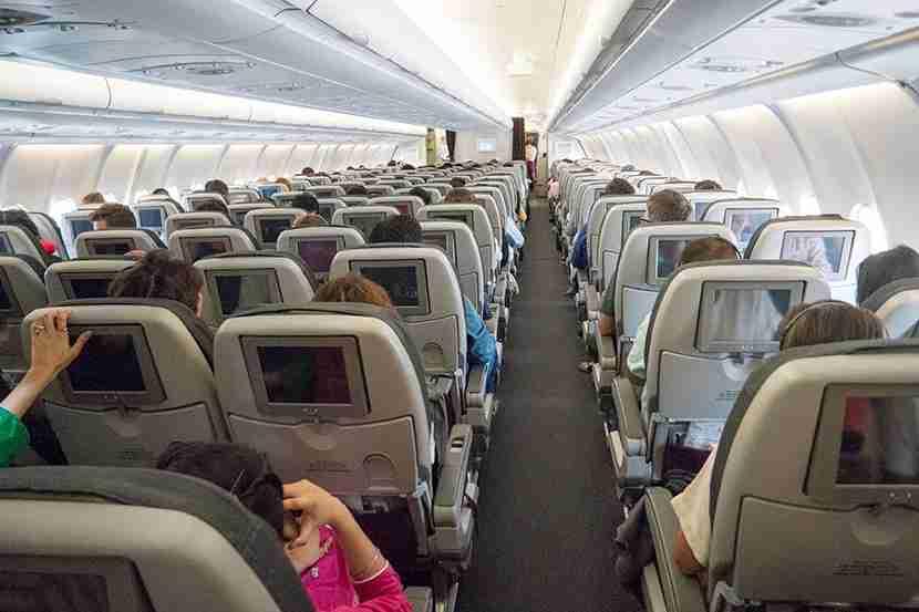 830-economy cabin_SAM0548