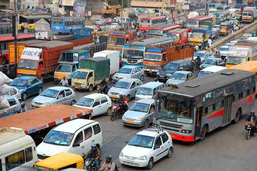 A little bit of planning saved me from having to sit in traffic every time I wanted to go out in India. Image courtesy of Shutterstock.
