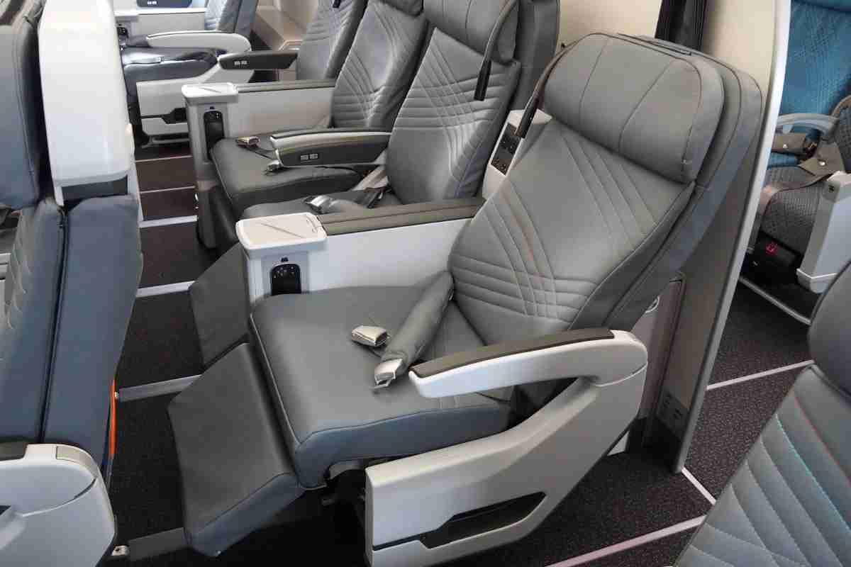 Singapore A350 Tour Premium Economy