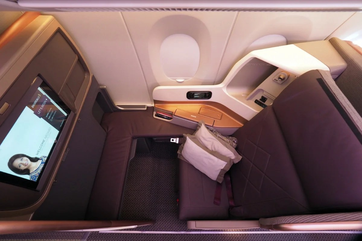 The Best Ways to Fly Business Class to Asia Using Miles