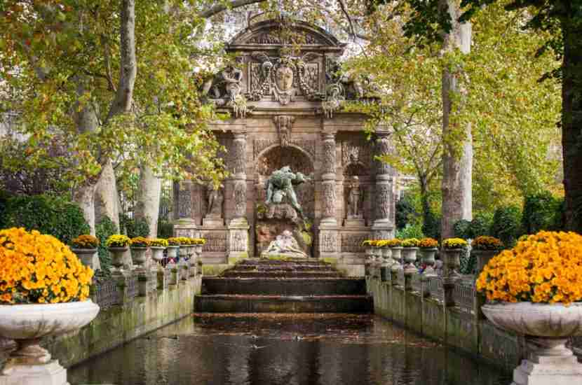 "The Luxembourg Gardens. Image courtesy of <a href=""http://www.shutterstock.com/dl2_lim.mhtml?src=GLOca5krWB0hUdaXFebttQ-1-12&amp;id=190594454&amp;size=medium_jpg"">Shutterstock</a>"