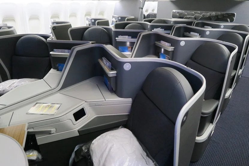 Middle Seats In Business Class On The 777 200 New Retrofit