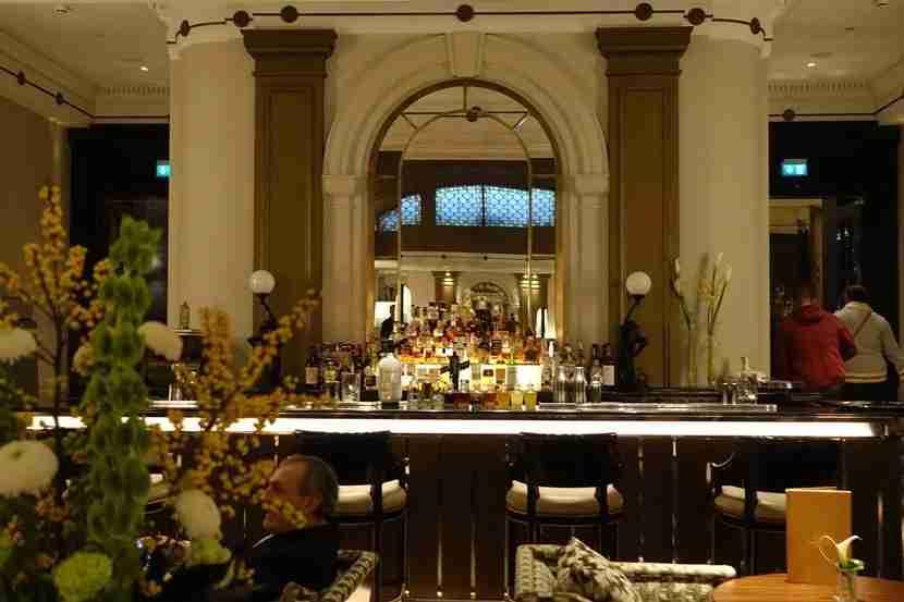 The art deco Palm Court lobby bar.