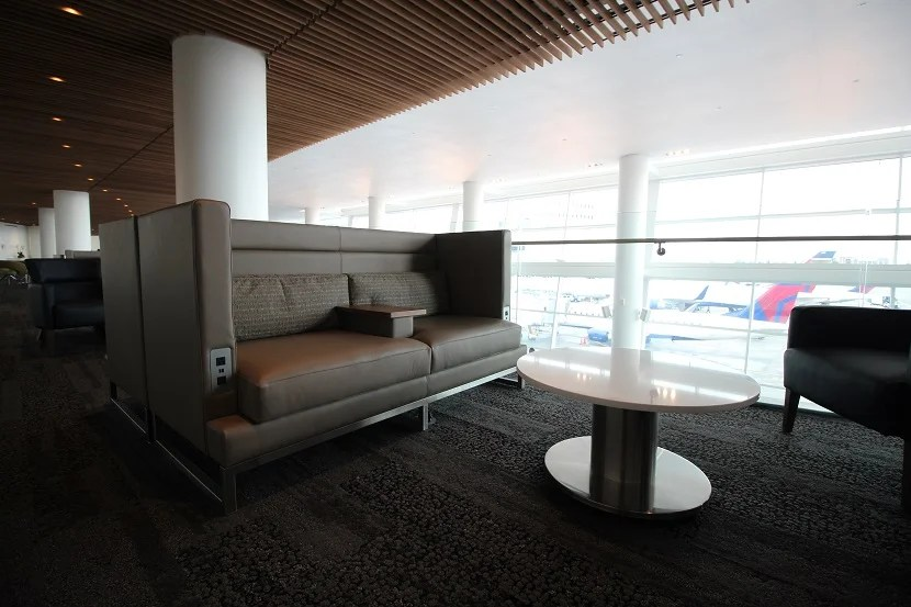 Delta 39 s new seattle sky club raises the bar for lounges for Furniture guy seattle