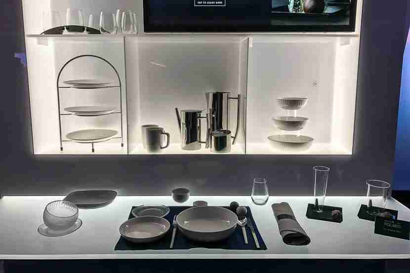 United Polaris will feature brand new glassware and cutlery.
