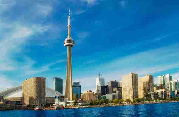 TORONTO, ONTARIO, CANADA - 2011/07/01: General view of the beautiful Toronto skyline featuring many large skyscrapers. (Photo by Roberto Machado Noa/LightRocket via Getty Images)