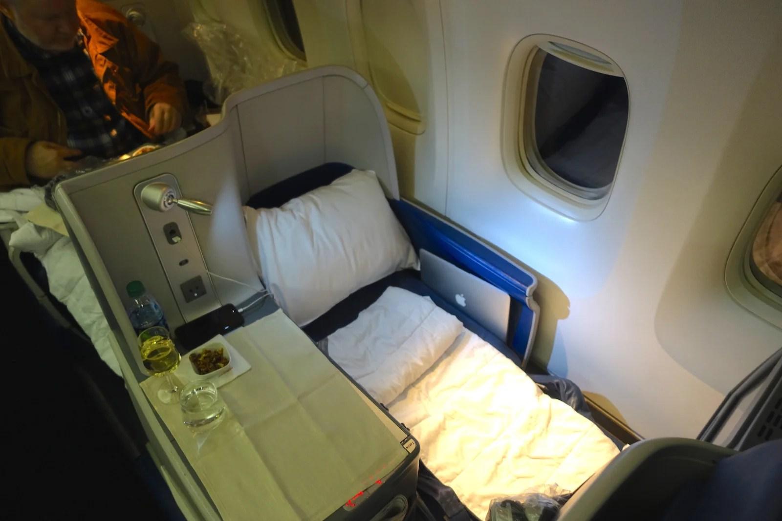 Review Delta 767 400er Business Class Atlanta To Lima