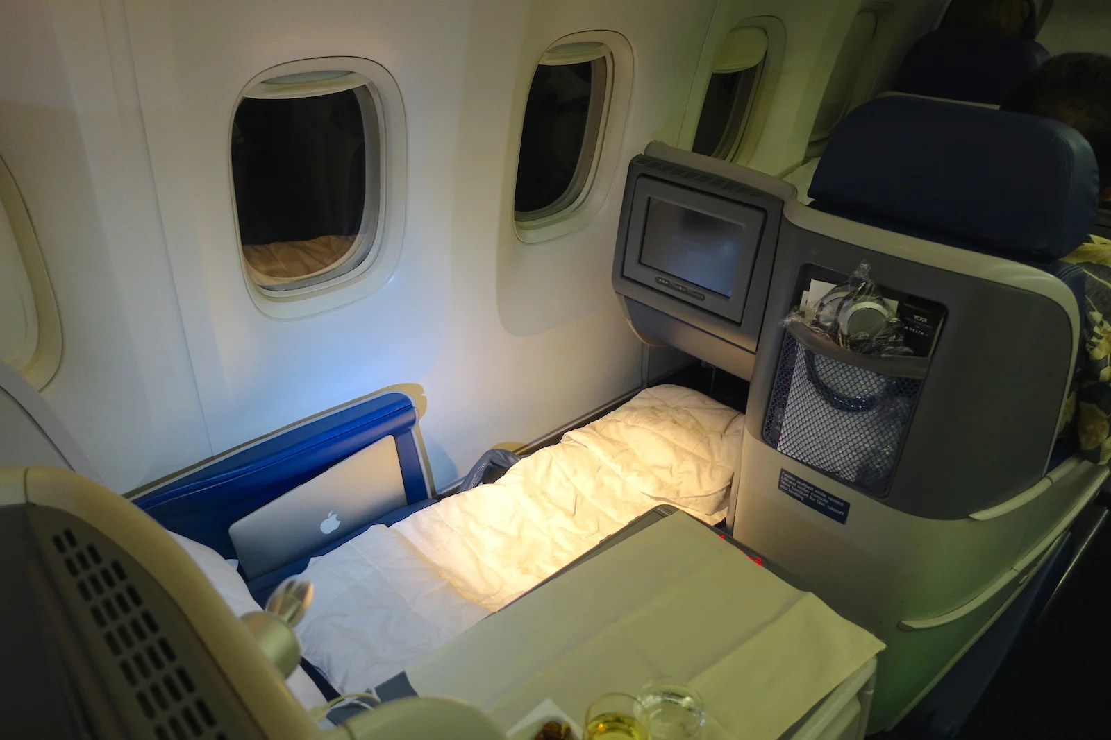 Review Delta 767400ER Business Class Atlanta to Lima