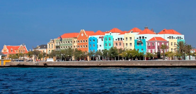 Waterfront Of Otrabanda In Willemstad, Capital Town Of Curacao, Netherlands Antilles. (Photo By: MyLoupe/UIG Via Getty Images)