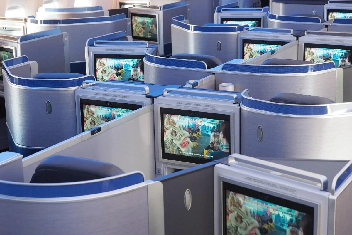 United 777 200 With New Polaris Seats En Route To Sfo
