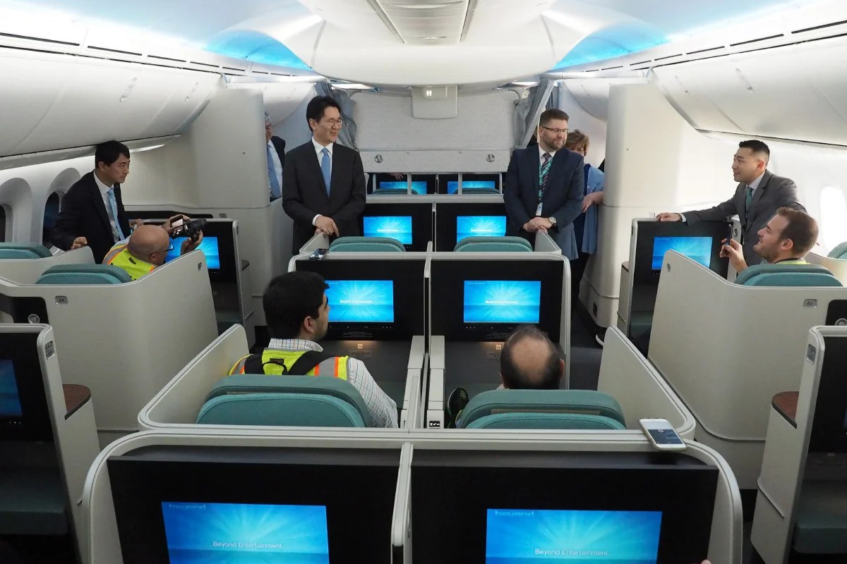 Touring Korean Air S First Boeing 787 9 Dreamliner