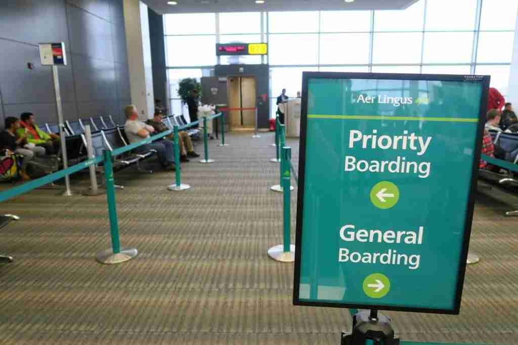 "No need for <a href=""https://thepointsguy.com/2017/01/aa-new-boarding-groups/"" target=""_blank"">nine boarding groups</a>; Aer Lingus keeps it simple."