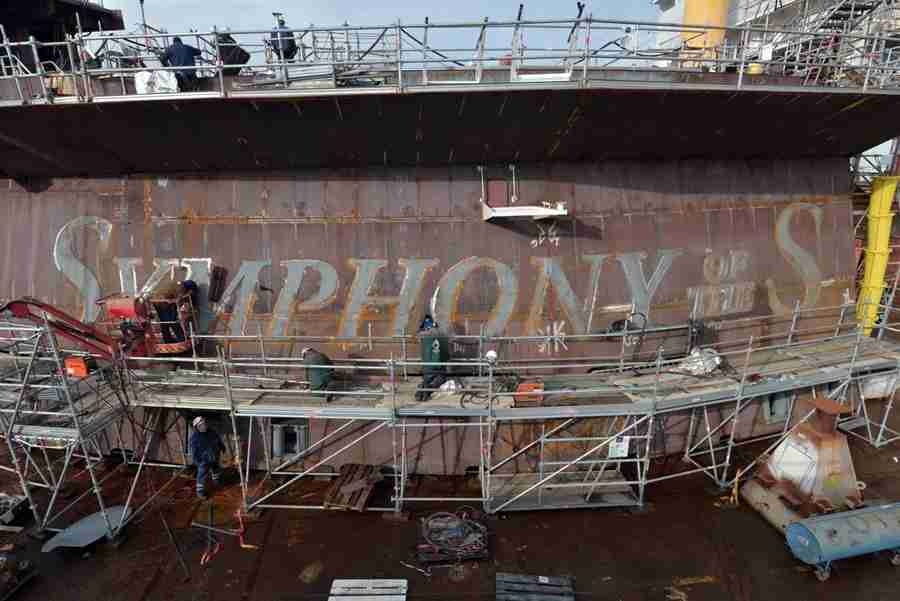 Symphony of the Seas is undergoing construction in France. Image courtesy of Royal Caribbean.