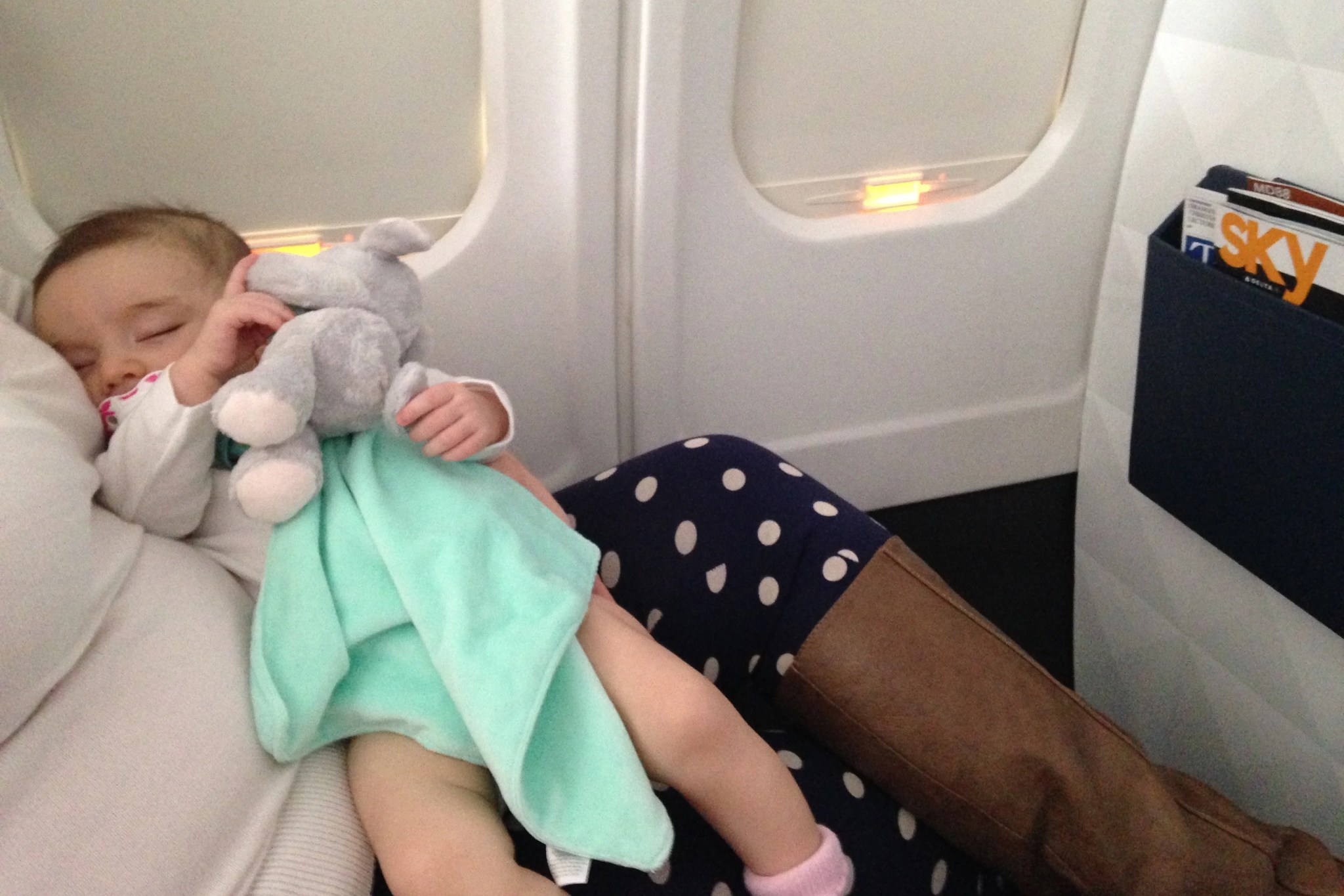 Tips For Traveling In First Or Business Class With An Infant