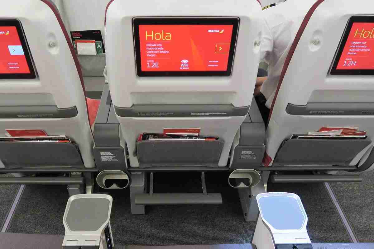 Iberia A340-600 Premium Economy tray, cup holders and watter bottle