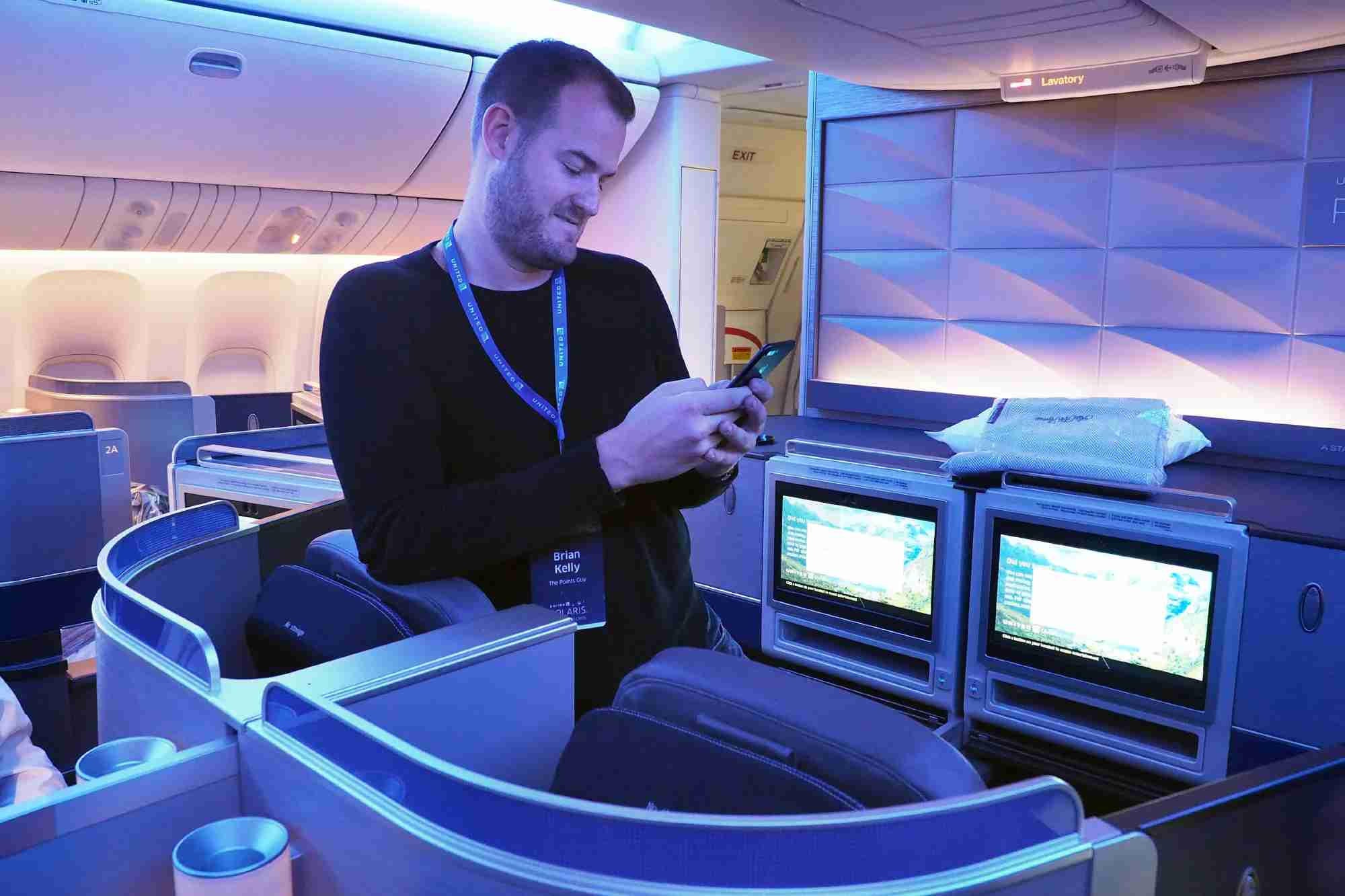 united 77w polaris brian featured Travel credit card