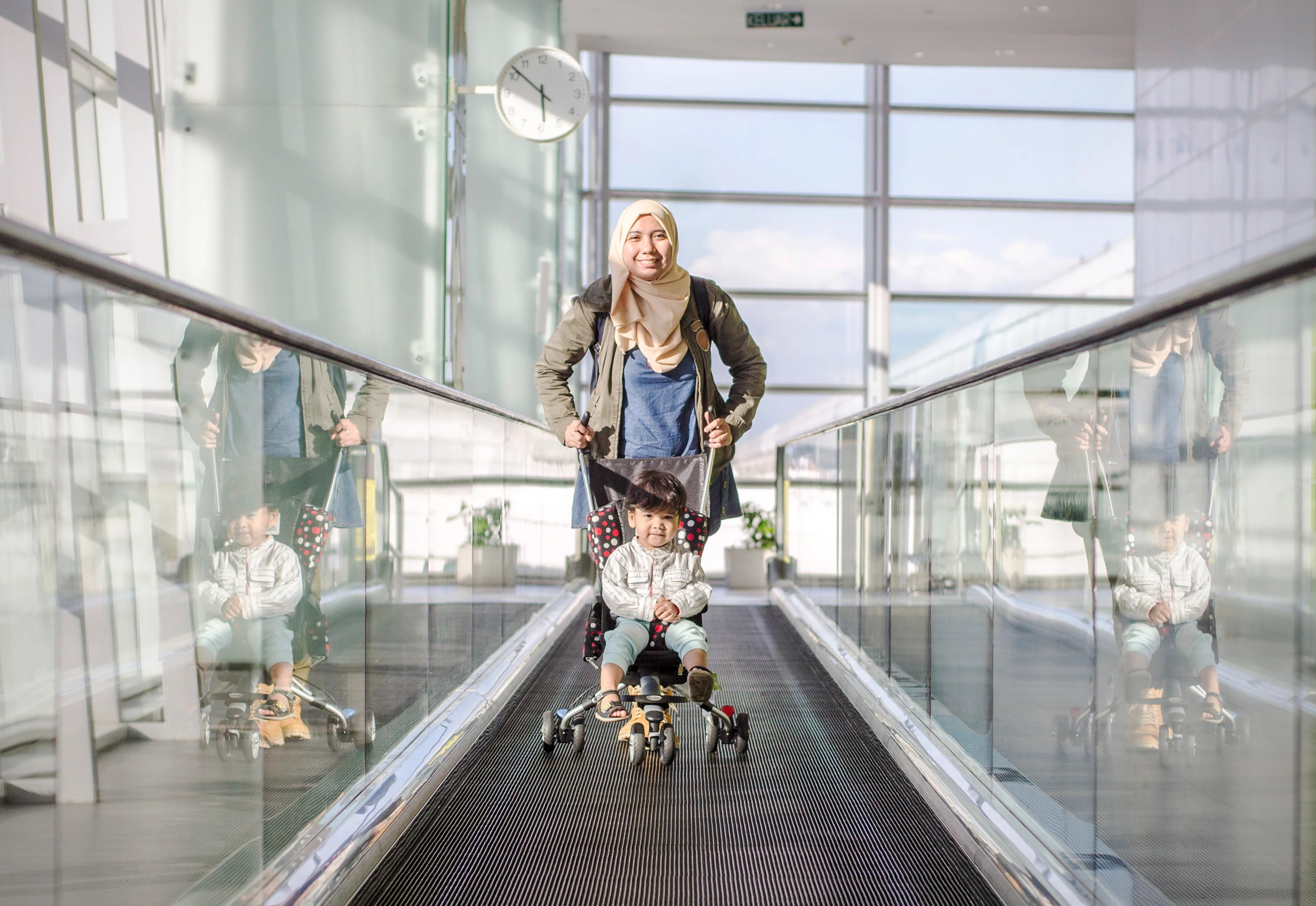 Making family travel easier with car seats and strollers