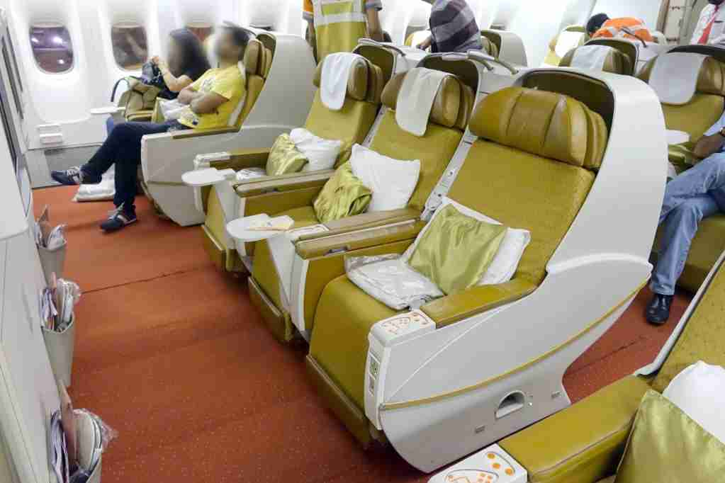 Air India 777-300ER Business Class Review