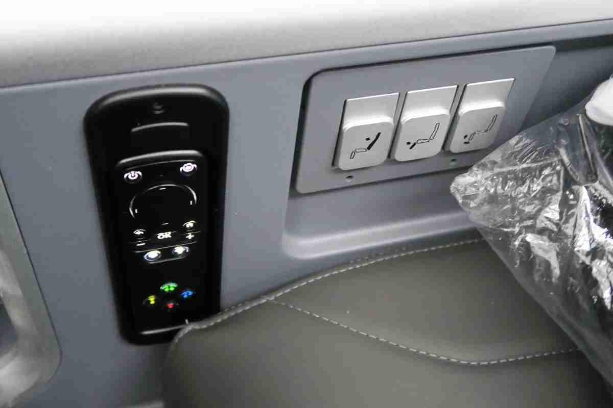 AA 772 premium economy remote and seat controls