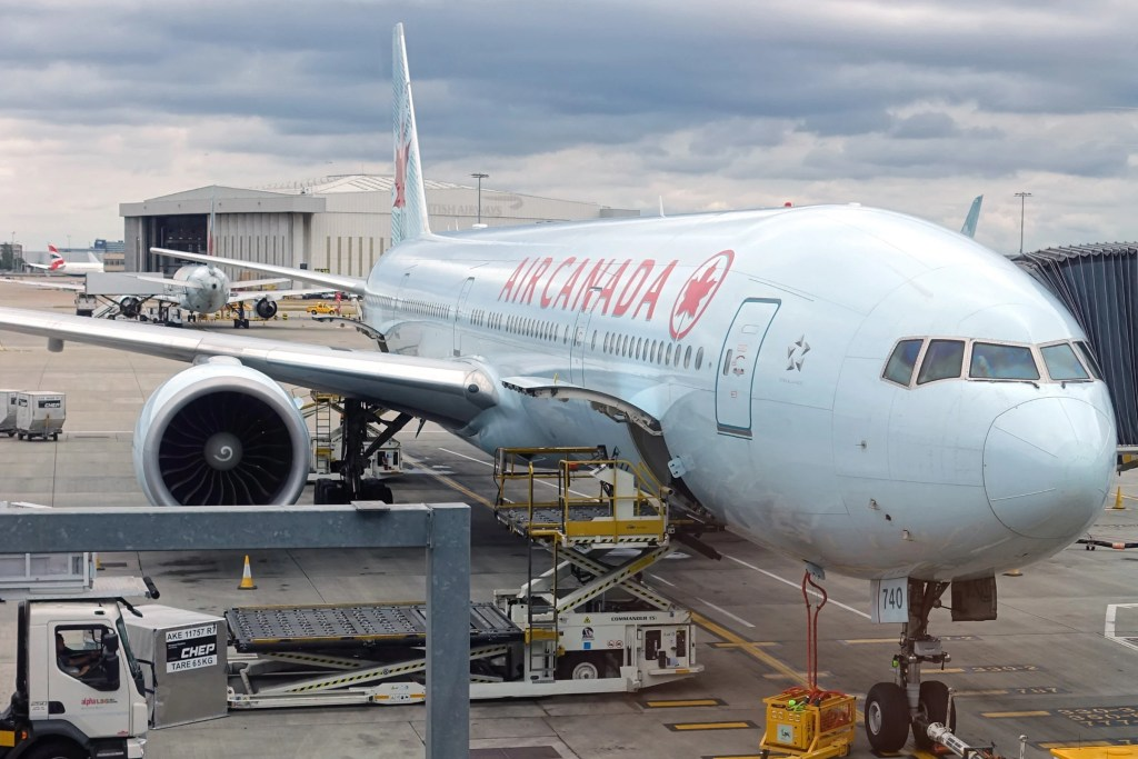 Review: Air Canada (777-300ER) Business Class